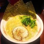 麺屋 きよし - 料理写真:豚骨醤油ラーメン(大盛り)
