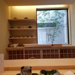 日本料理 水嶋 - カウンター席からの様子