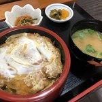 そば処 暢気 - 料理写真:かつ丼(税込650円)