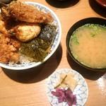 94654464 - 天丼とお味噌汁