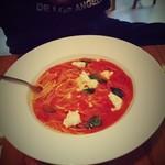 農園レストラン タコ ヒストリア 871 - 生モッツァレラとバジルのトマトソース。
