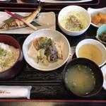 道の駅 あゆの里 矢田川 - ★★★ 矢田川定食