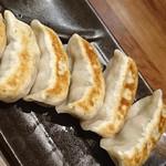 肉汁餃子製作所ダンダダン酒場 - 『焼き餃子』肉汁餃子製作所ダンダダン酒場