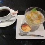 いーすと - コーヒー&デザート
