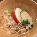 キッチン マカベ - 付け合わせのサラダ