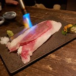 94670601 - 雲丹と和牛肉寿司