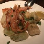 94679452 - 海鮮と山菜のフリットミスト