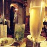 ダルブルズバー - 追加でモヒートとグラスシャンパン