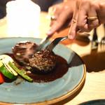 ROTISSERIE★BLUE - 黒毛和牛のハンバーグ