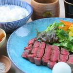 兎に角 - 料理写真:道産牛のステーキ御膳