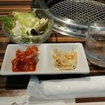 焼肉 韓国料理 NIKUZO - ランチの前菜