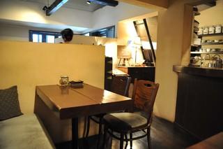 カフェ ド SaRa - 真ん中のフロア