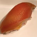 山梨レストラン メリメロ - マグロに見立てたパプリカの寿司