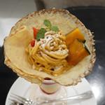 銀座コージーコーナー - ほっこりかぼちゃのクレープパフェ