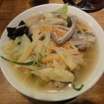万豚記 - 塩ホルモン麺