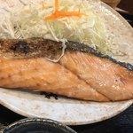 柳ばし - 料理写真:巨大シャケ