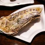 飯綱 - 岩手三陸産 牡蠣 2個 ¥800