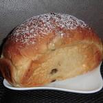 94708247 - ぶどうパン(大) 500円