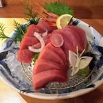 吟醸マグロ - マグロ刺身盛り・2~3名盛り1960円