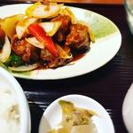 四川・餃子バル PAO2 - 酢豚でそそる中華。