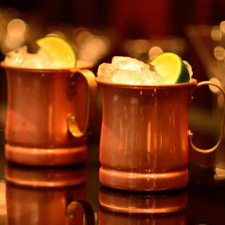 軽いお喋りと、一杯目を飲みつつ二杯目を考える愉しさに触れて
