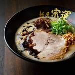 麺屋 宗運 - 料理写真:黒とんこつ