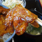 さくら亭 - ぶた丼特大1100円
