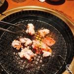 安楽亭 - 料理写真:牛ホルモン