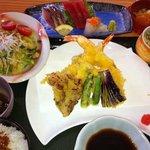 9473588 - 天ぷら定食+刺身3点盛り