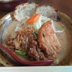 麺場 田所商店 - 九州味噌 野菜ラーメン チャーシュー2枚トッピング