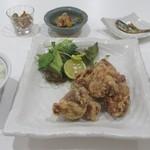 shokudoubentousakeesora - からあげ定食
