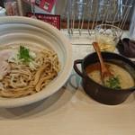 真道 - 辛味噌つけ麺