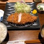とんかつ 和幸 - ロースかつ御飯 1180円。