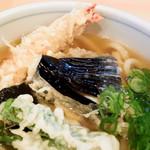 うどん ゆきの - うどんもかけ出汁も天ぷらも美味しかったです。