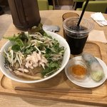 COMPHO - 鶏フォー&生海老春巻
