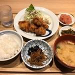 博多ふくいち - 鶏の唐揚げ定食