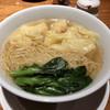 糖朝 - 料理写真:蝦入りワンタン入り香港麺