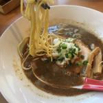 らーめんキッチン いいづか - 濃厚煮干SOBA 麺リフト