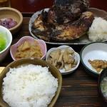 たつの子 - ブリカマ塩焼き定食800円