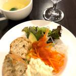 ワイン&お野菜バル ベジバル - ビュッフェ付きパスタランチ