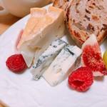 スイミー牛乳店 - ウォッシュチーズ