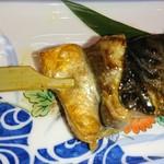 94771203 - 銀サバ串焼き(食べかけ…)