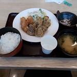 築地食堂 源ちゃん - マグロカツ&唐揚げ定食