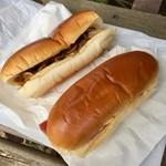 パンの田島 - 料理写真:やきそばとハムたまご