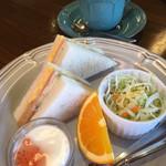 Cafeルチア - 料理写真:ドリンク代のみのモーニング(税込400円)(2018.10.現在)