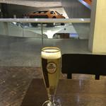 MERCEDES BENZ MUSEUM Cafébar   -