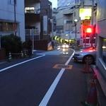 エビス新東記 - 駅からの道