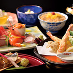 日本料理 花遊膳 - 旬彩の膳~季節のお造りと天麩羅御膳~4,200円 詳細はコースページを御覧ください