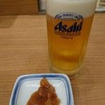 リンガーハット - 2018年10月 生ビール+おまけの生姜の味噌漬け 356円