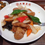 大阪王将 - 料理写真:●酢豚定食890円税込 (ライス、スープ、漬物、小鉢付) ライスは大、中、小から選択ので(大)を選択。